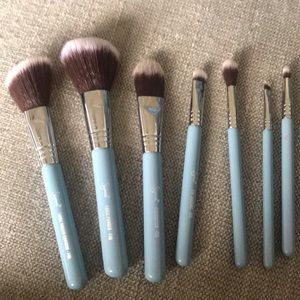 Sigma travel brush kit powder blue